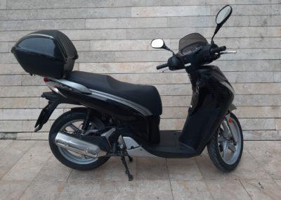 Honda SH 125i Scoopy